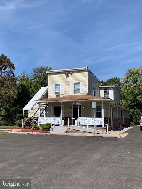 Single Family Homes per Vendita alle ore Temple Hills, Maryland 20748 Stati Uniti