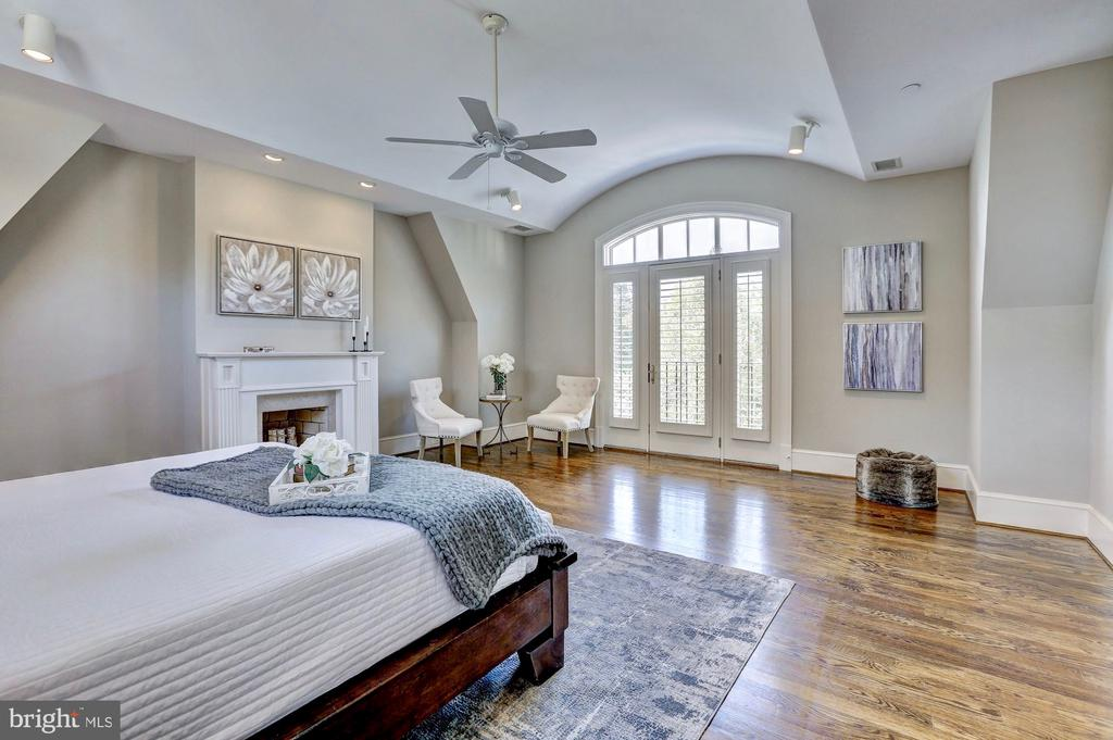Master suite features a Juliet balcony. - 116 E MELROSE ST, CHEVY CHASE
