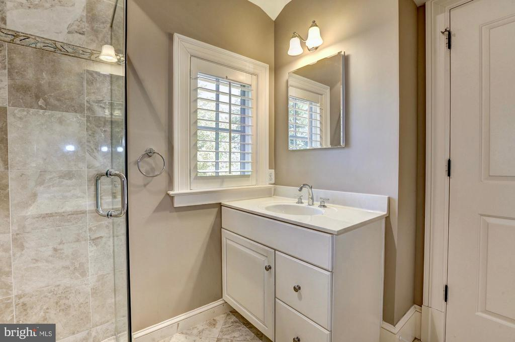 Bedroom #3 with en suite. - 116 E MELROSE ST, CHEVY CHASE
