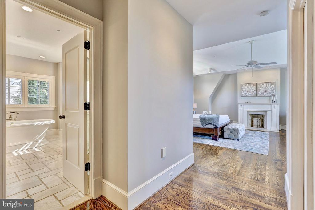 Master with large en suite and two dressing rooms. - 116 E MELROSE ST, CHEVY CHASE