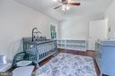 Second bedroom on 1st level - 2808 VILLAGE LN, SILVER SPRING