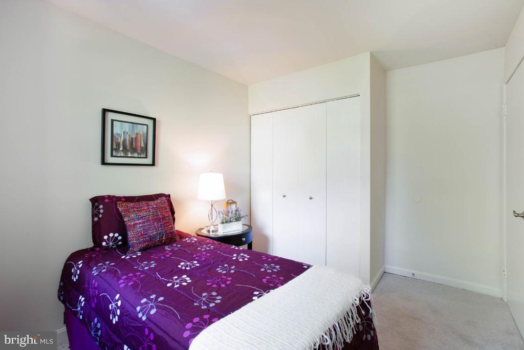 3rd bedroom - 8203 WHISPERING OAKS WAY #202, GAITHERSBURG