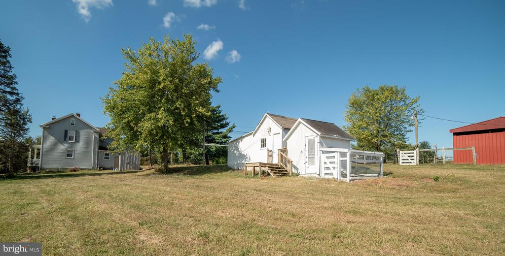 Outbuildings including a workshop & chicken coop - 4026 BALLENGER CREEK PIKE, FREDERICK