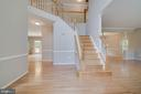 Two story foyer with hardwood floors - 6541 JEROME CT, MANASSAS