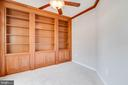 Built in bookcases in study - 6541 JEROME CT, MANASSAS