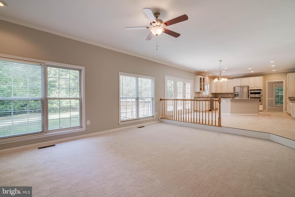 New carpet in family room - 6541 JEROME CT, MANASSAS
