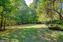 Nice, level backyard - 6541 JEROME CT, MANASSAS