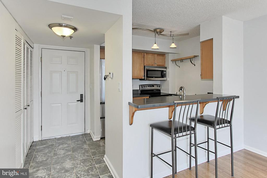 Kitchen View - 1024 N UTAH ST #816, ARLINGTON