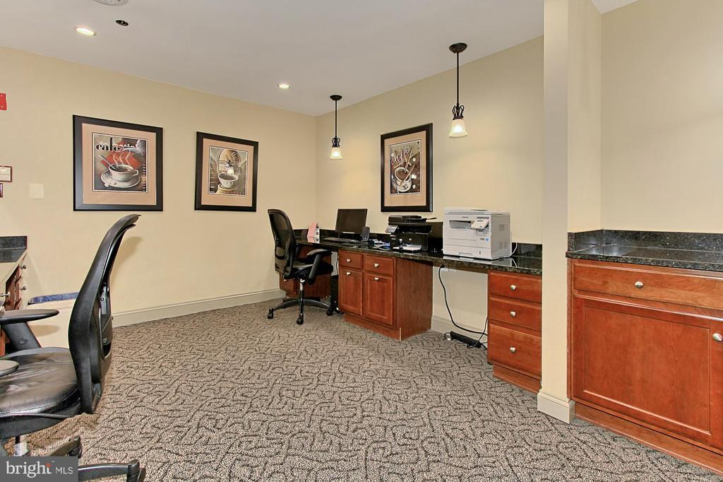 Office - Building Amenities - 1024 N UTAH ST #816, ARLINGTON