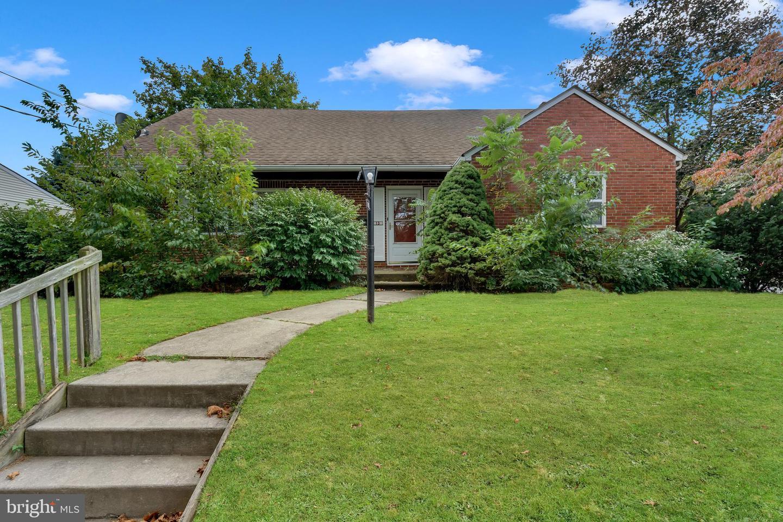 Single Family Homes för Försäljning vid West Collingswood Heights, New Jersey 08059 Förenta staterna