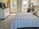 Spacious Master Suite - 9505 COUNTRY ROADS LN, MANASSAS