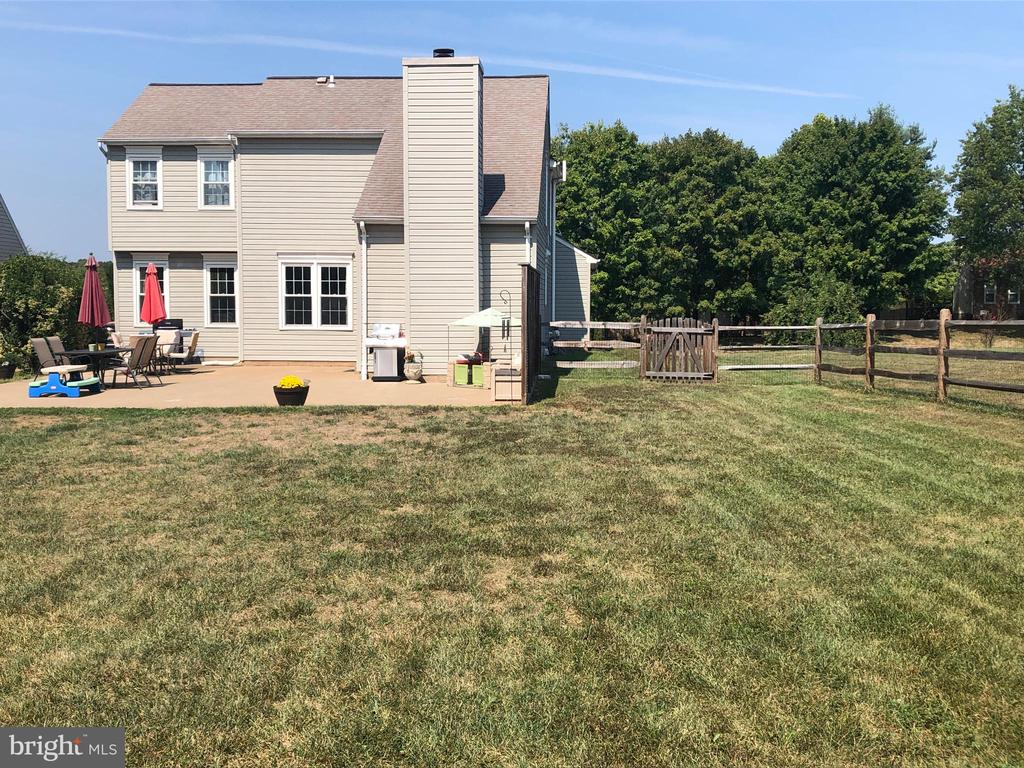 Fenced Rear Yard - Fence is 2 Years Old - 9505 COUNTRY ROADS LN, MANASSAS