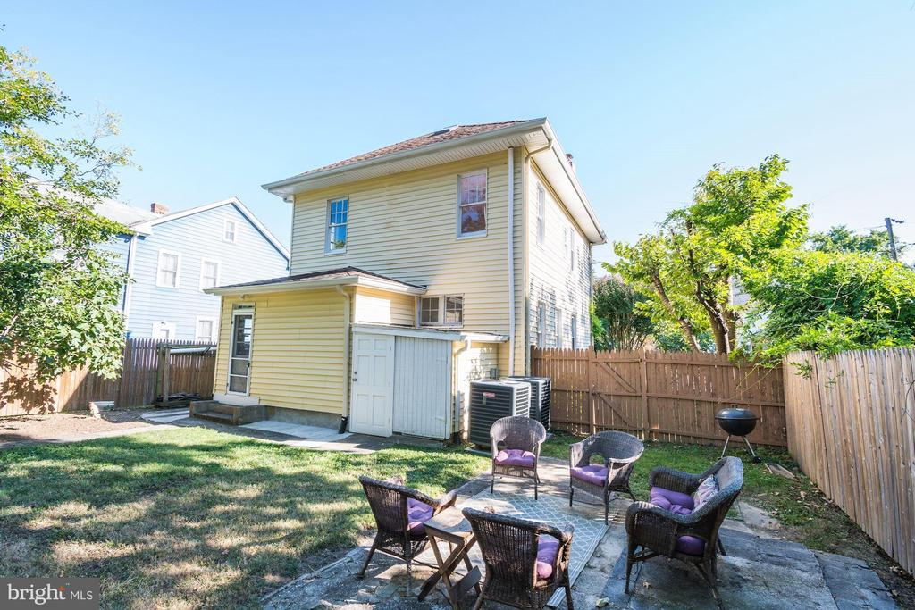 Great area for outdoor entertaining - 210 LAVERNE AVE, ALEXANDRIA