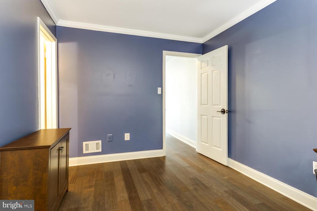 Hardwood Floors - 2859 YARN CT, FALLS CHURCH