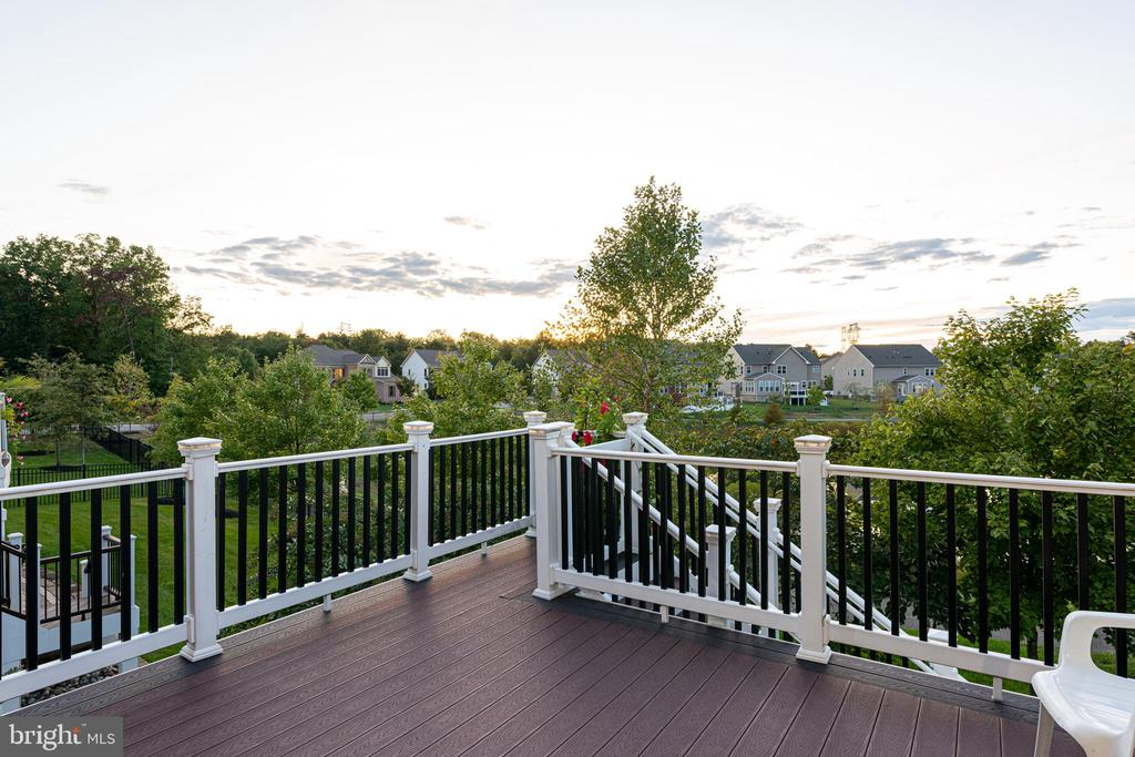 What a View - 22849 EMERALD CHASE PL, ASHBURN