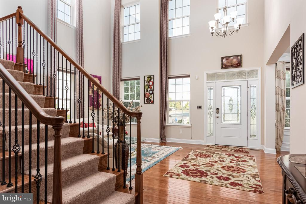 Foyer leading to Stairs to upper level - 22849 EMERALD CHASE PL, ASHBURN