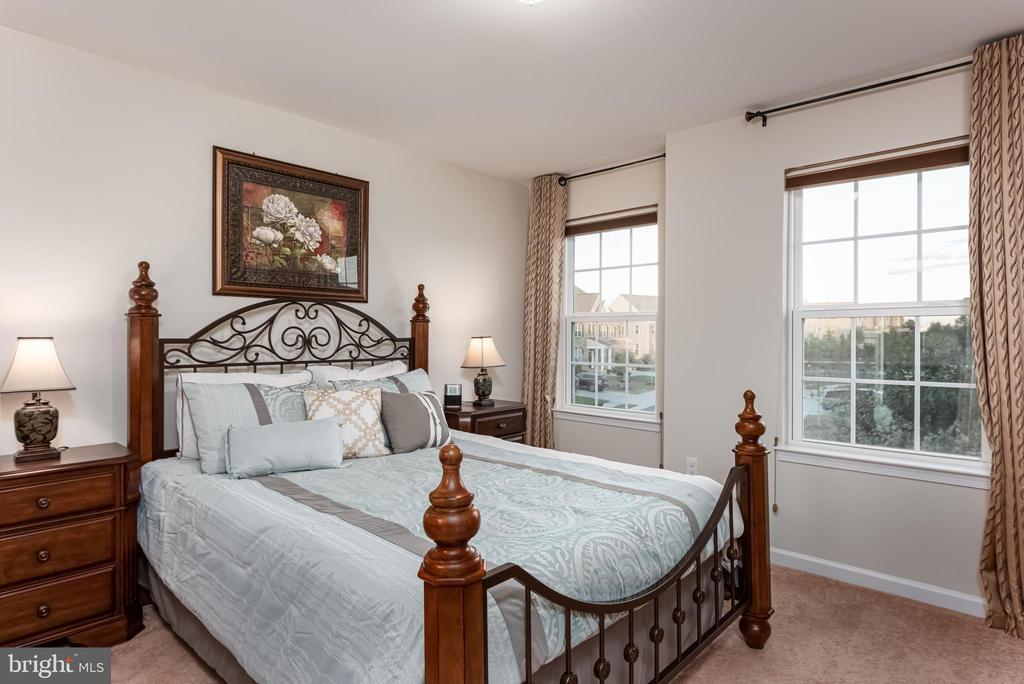 Bedroom 2 - 22849 EMERALD CHASE PL, ASHBURN