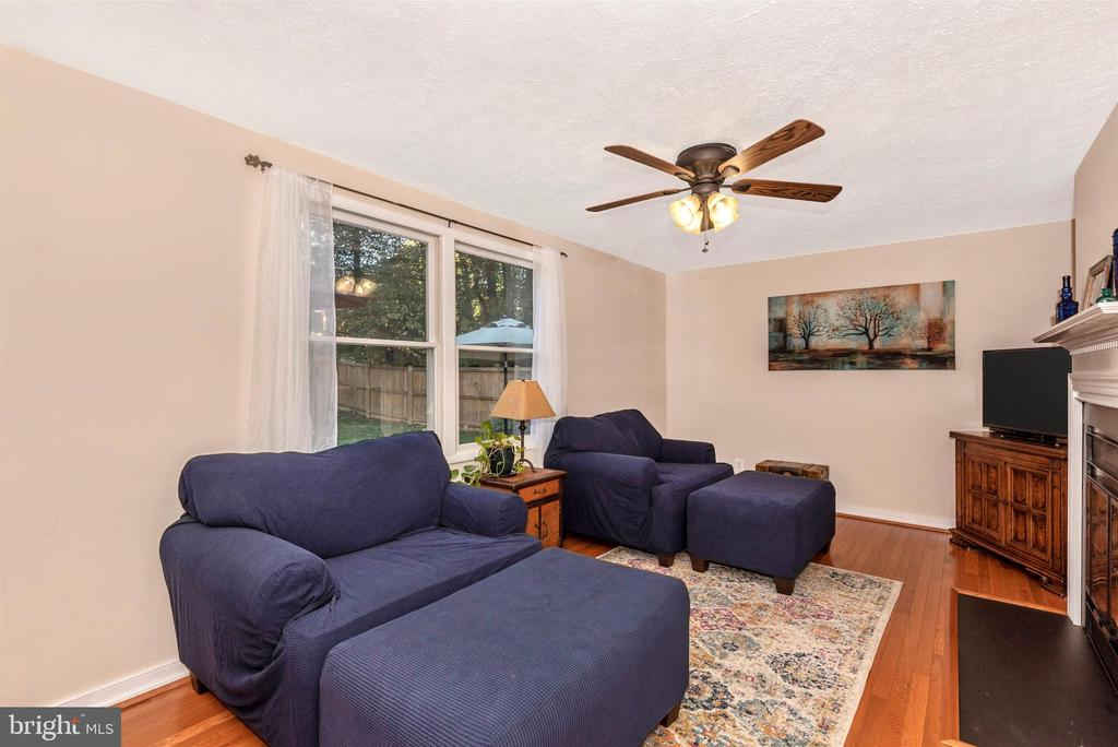 Family Room View 1 - 8216 LANGPORT TER, GAITHERSBURG