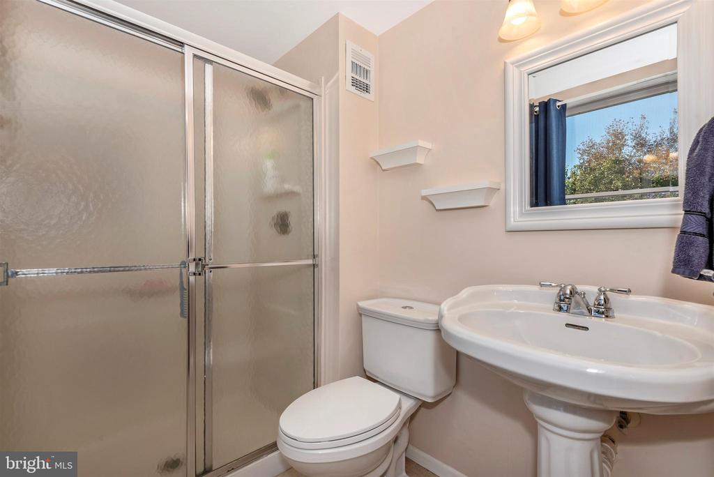 Master Bathroom - 8216 LANGPORT TER, GAITHERSBURG