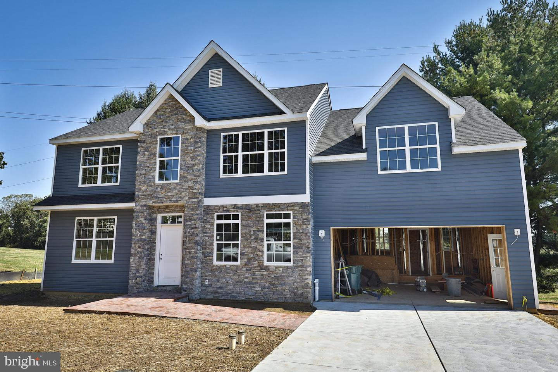 Conshohocken                                                                      , PA - $659,990