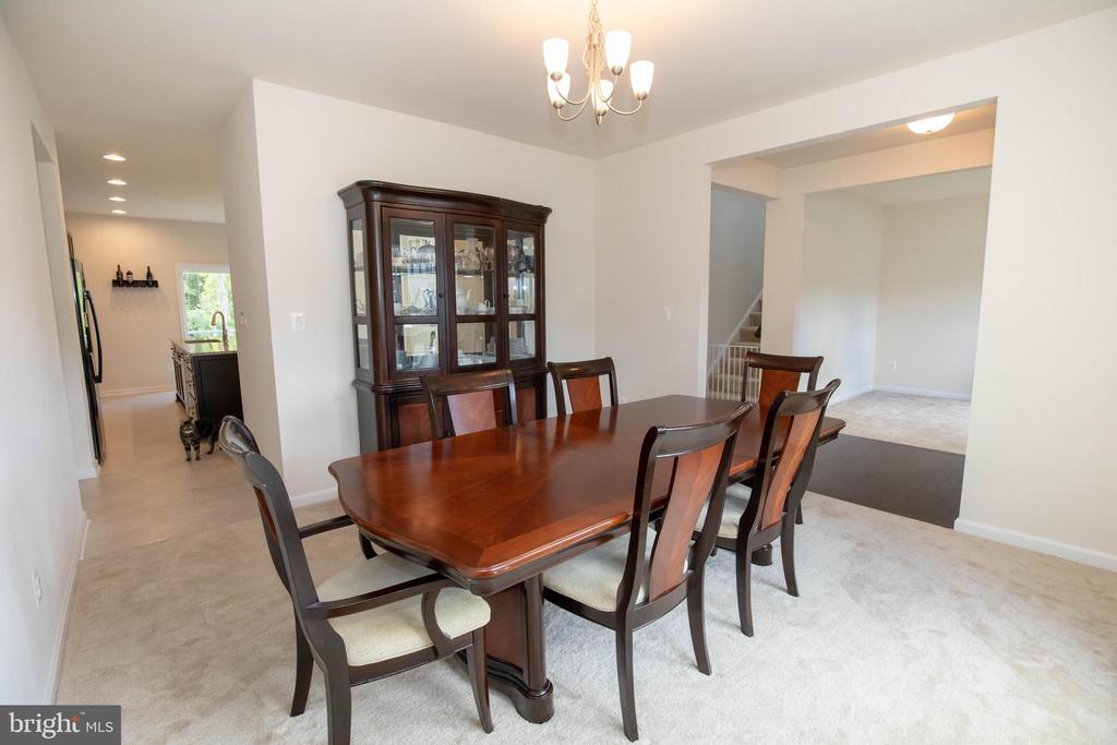 Beautiful Dining room - 112 REGENTS LN, STAFFORD