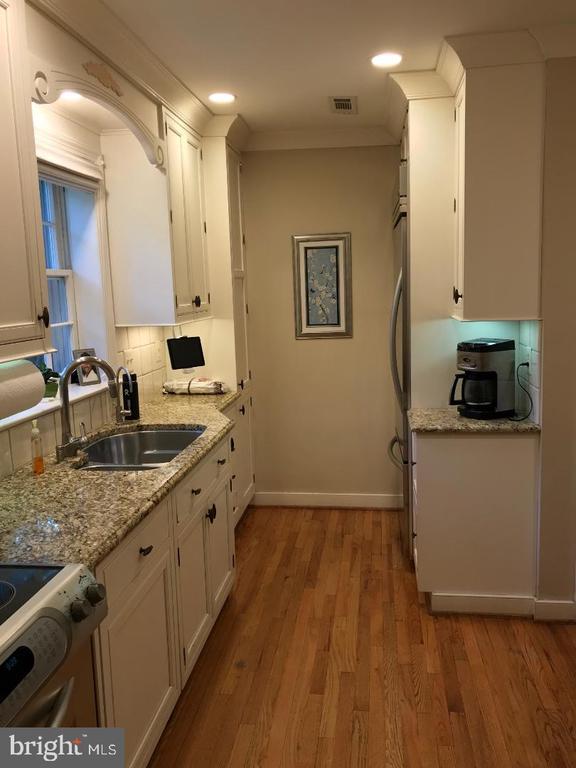 Kitchen - 4300 CLAGETT PINE WAY, UNIVERSITY PARK