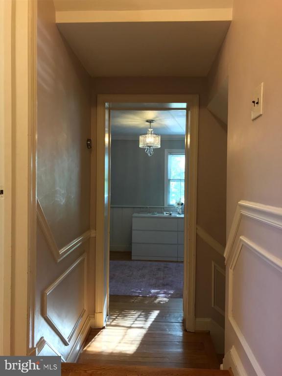 Upper Level Hallway - 4300 CLAGETT PINE WAY, UNIVERSITY PARK