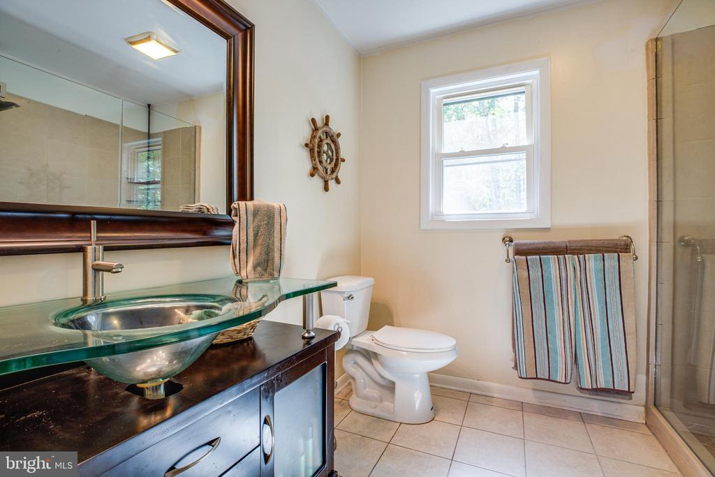 Master Bathroom - 10288 MONCURE DR, RUTHER GLEN