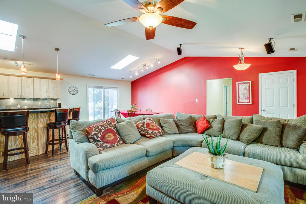 Living Room - 10288 MONCURE DR, RUTHER GLEN