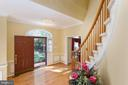 Gorgeous Entry Foyer with sparkling wood floors - 8308 ARMETALE LN, FAIRFAX STATION
