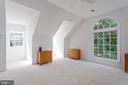 Master Bedroom Sitting Room - 8308 ARMETALE LN, FAIRFAX STATION