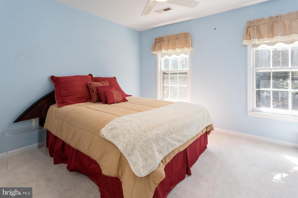 Bedroom 2 - 8308 ARMETALE LN, FAIRFAX STATION