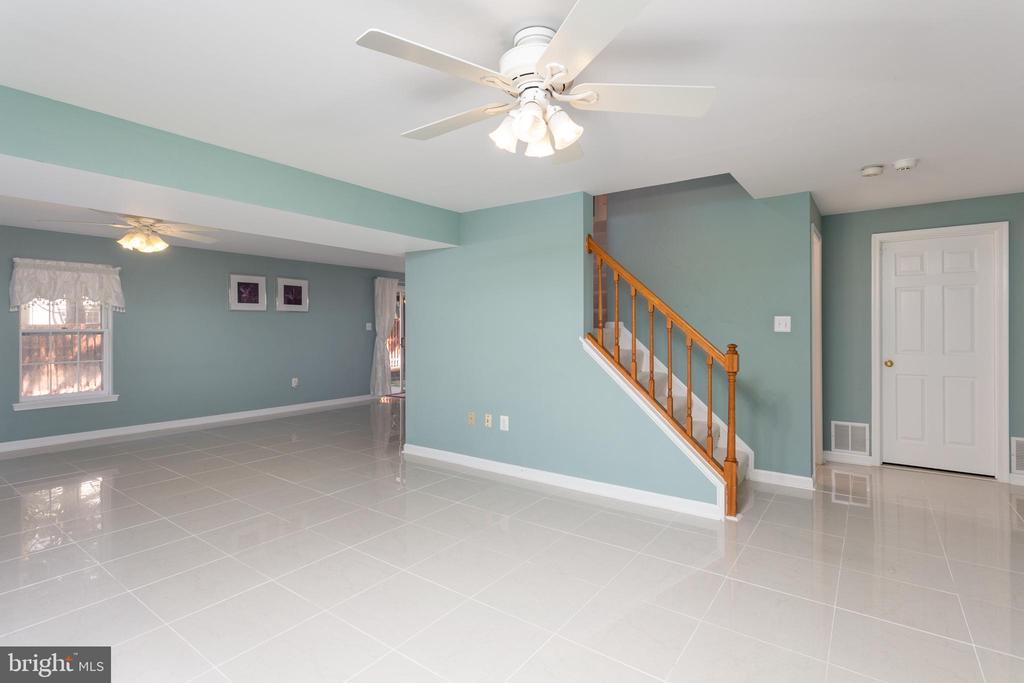 Recreation Room - Porcelain Tile Floor & Walkout - 8308 ARMETALE LN, FAIRFAX STATION