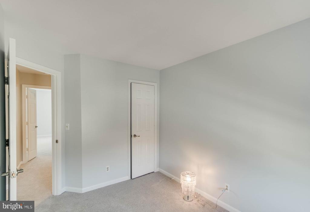 2nd Bedroom! - 4990 MARSHLAKE LN, DUMFRIES