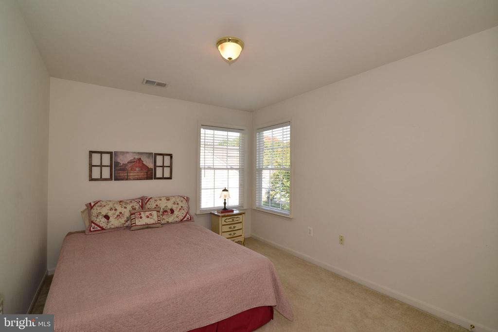 Bedroom #3 - 245 E SKYLINE DR, PURCELLVILLE