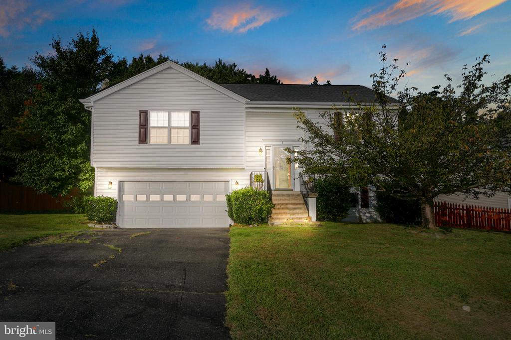 Great home in North Stafford with no HOA - 8 ONTELL CT, STAFFORD