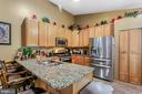 Upgraded Kitchen with touchless faucet - 8 ONTELL CT, STAFFORD
