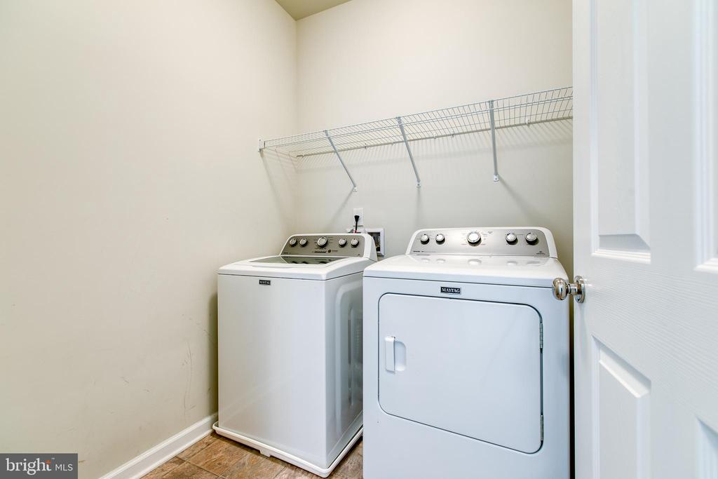 Main foyer laundry room - 220 LONG POINT DR, FREDERICKSBURG
