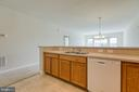 Wrap around counter with double sink - 220 LONG POINT DR, FREDERICKSBURG