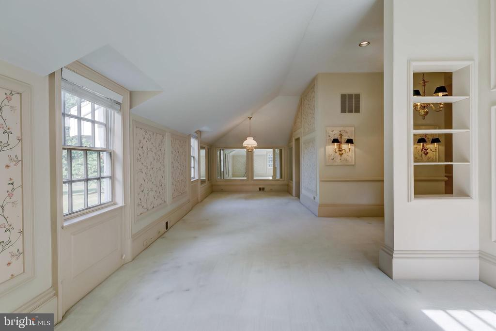 Apartment Living/Dining Room - 15404 TANYARD RD, SPARKS GLENCOE