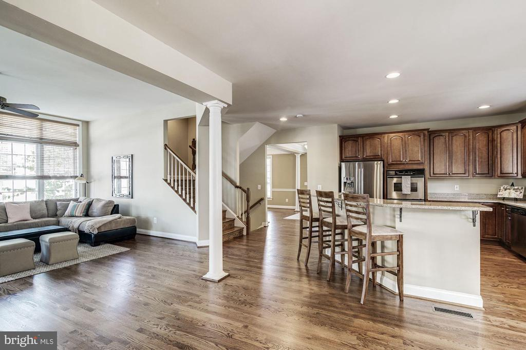 Kitchen/Family Room - 7874 PROMONTORY CT, DUNN LORING
