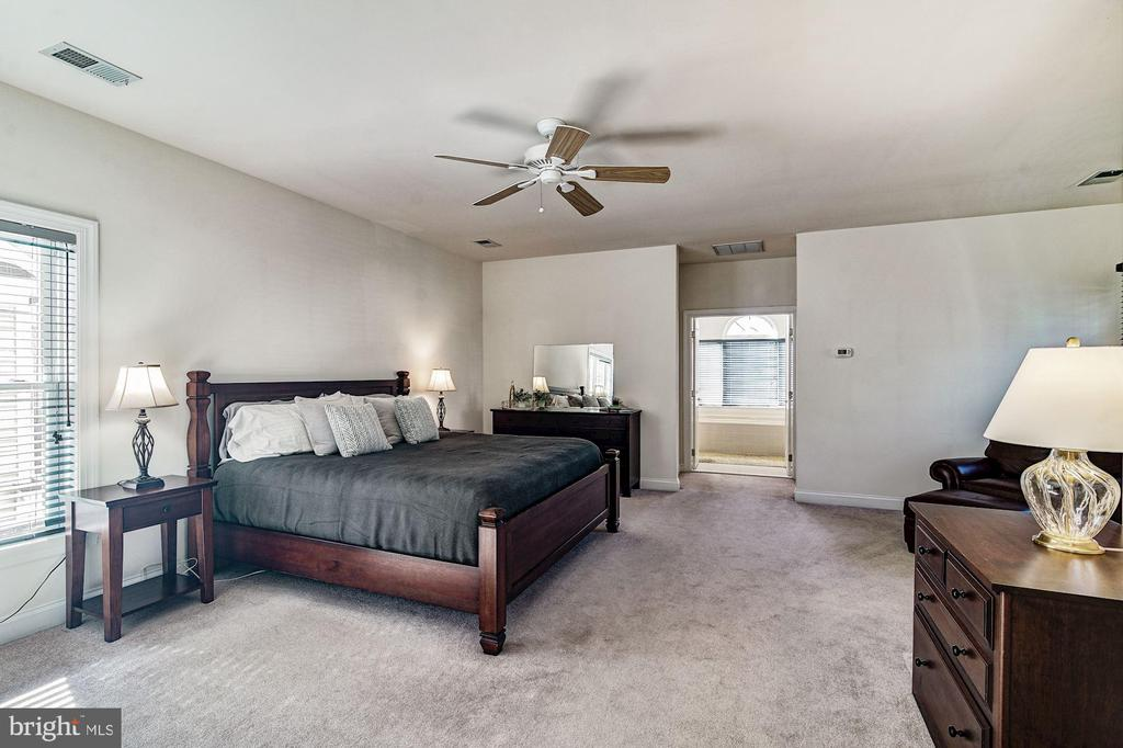 Master Bedroom - 7874 PROMONTORY CT, DUNN LORING