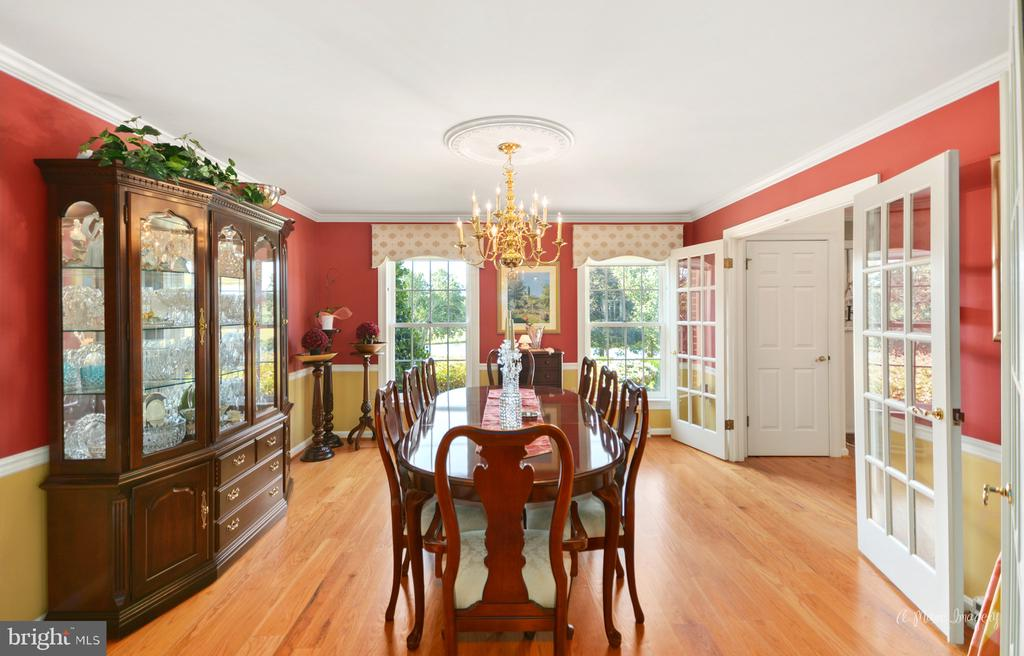 Formal dining room with French doors - 5223 FAIRGREENE WAY, IJAMSVILLE