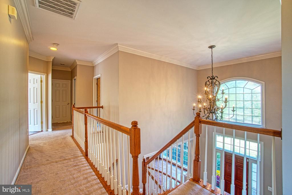 Dual Staircases Lead to the Bedroom Level - 42763 FOREST CREST CT, ASHBURN