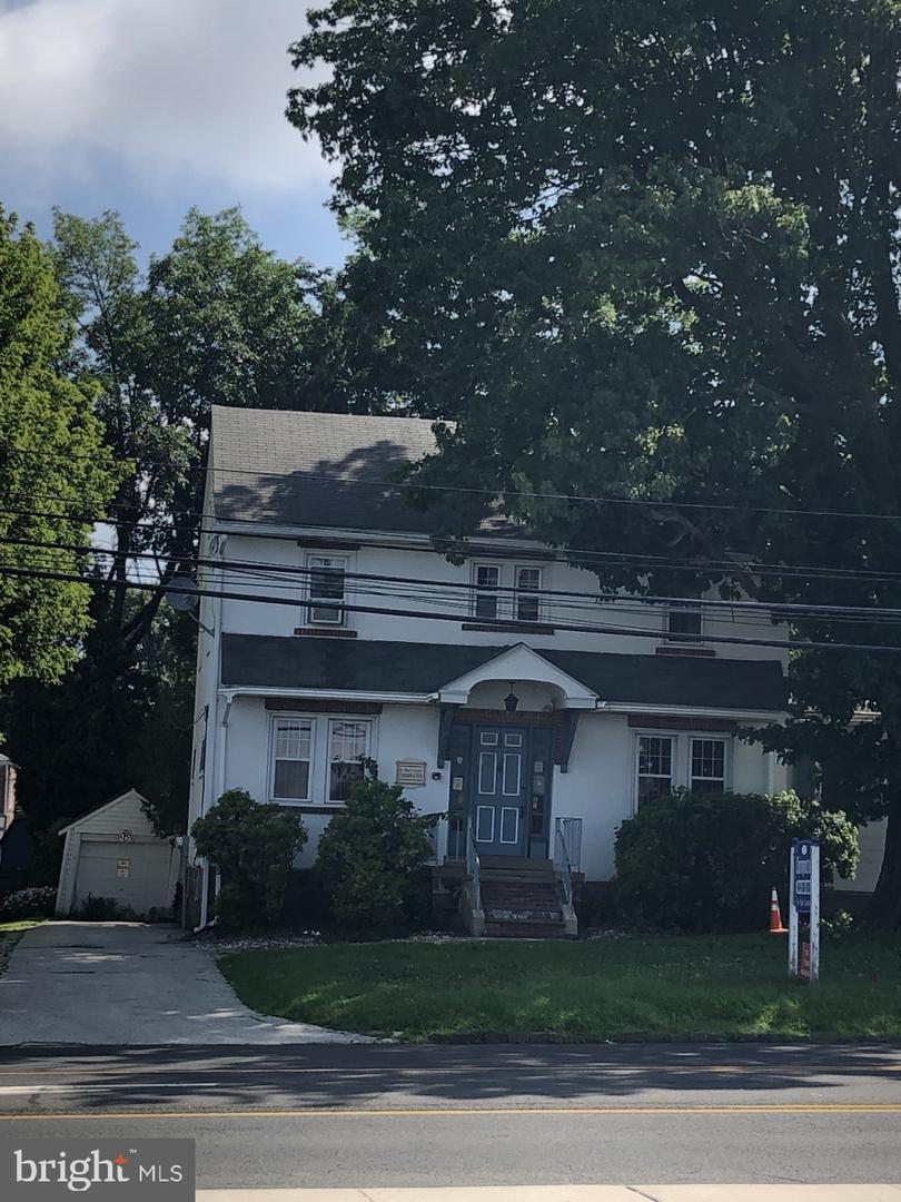 Single Family Homes للـ Sale في East Norriton, Pennsylvania 19401 United States