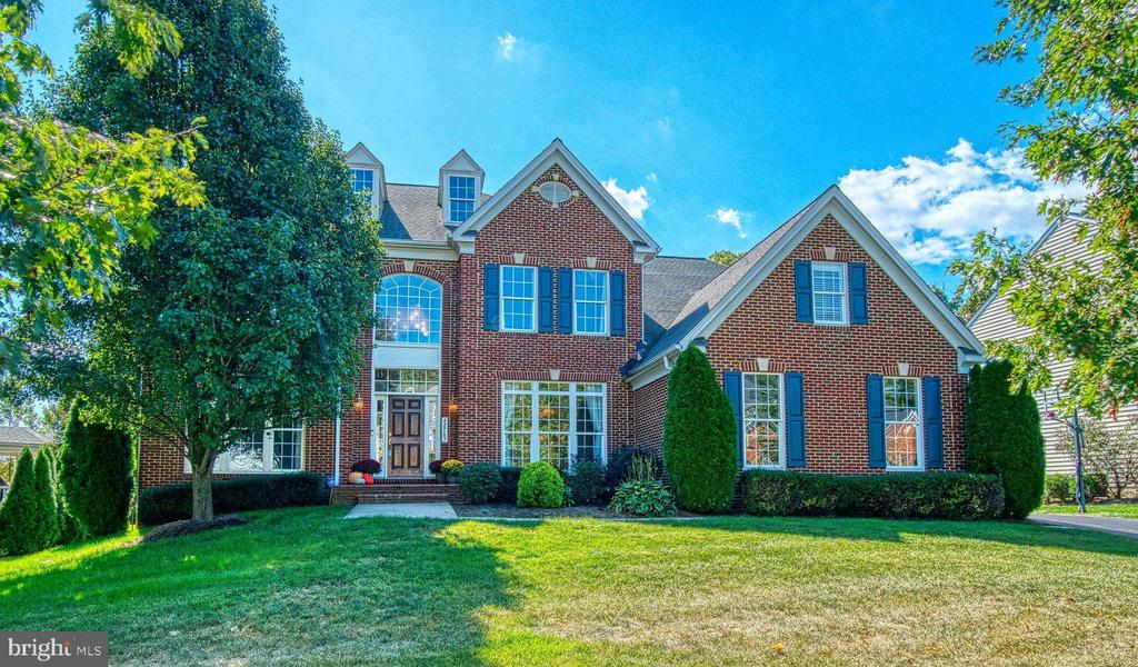 Make This YOUR Home! - 42763 FOREST CREST CT, ASHBURN