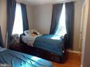 Room 3 - 2 - 111 PIERCE ST, MANASSAS PARK