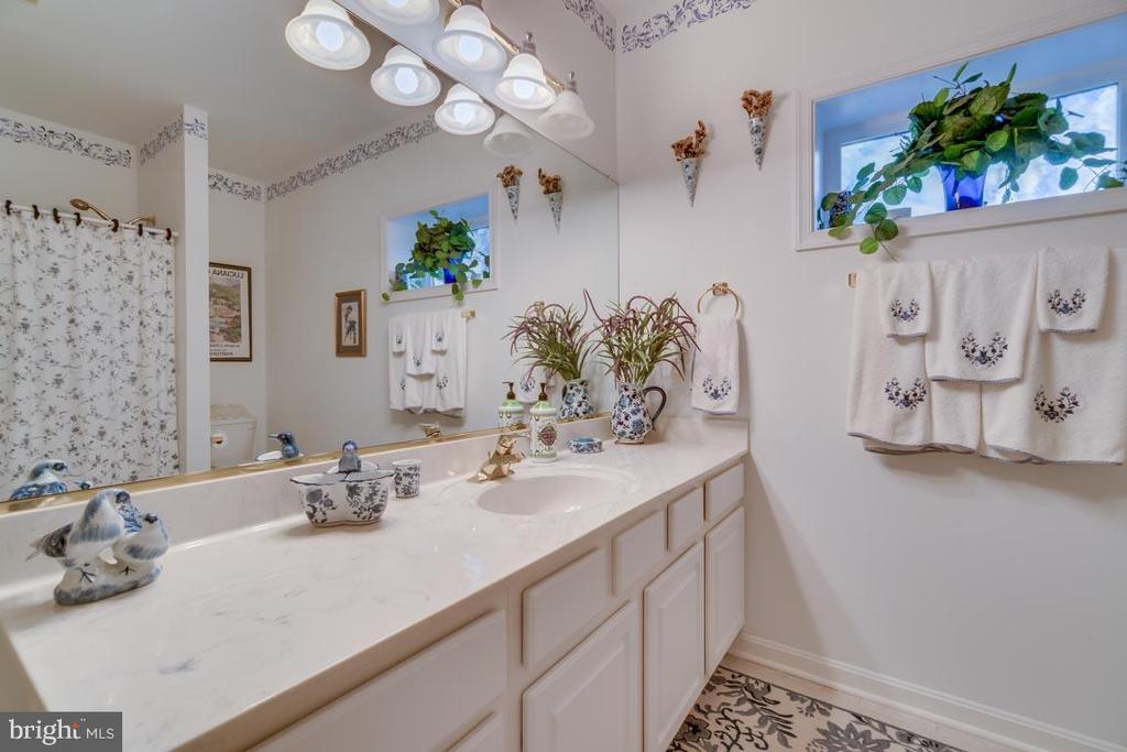 Bathroom #3 - 126 HARRISON CIR, LOCUST GROVE