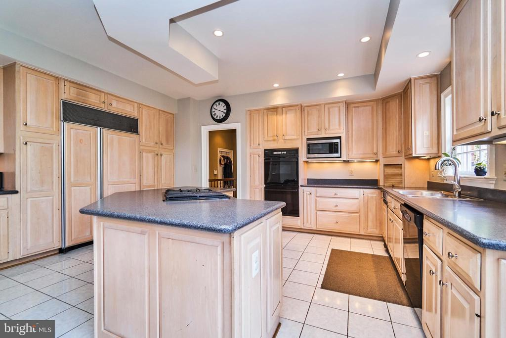 Kitchen with Sub Zero Refrigerator - 1607 FIELDING LEWIS WAY, MCLEAN