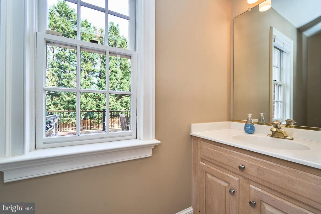 Main Level Powder Room Two - 1607 FIELDING LEWIS WAY, MCLEAN